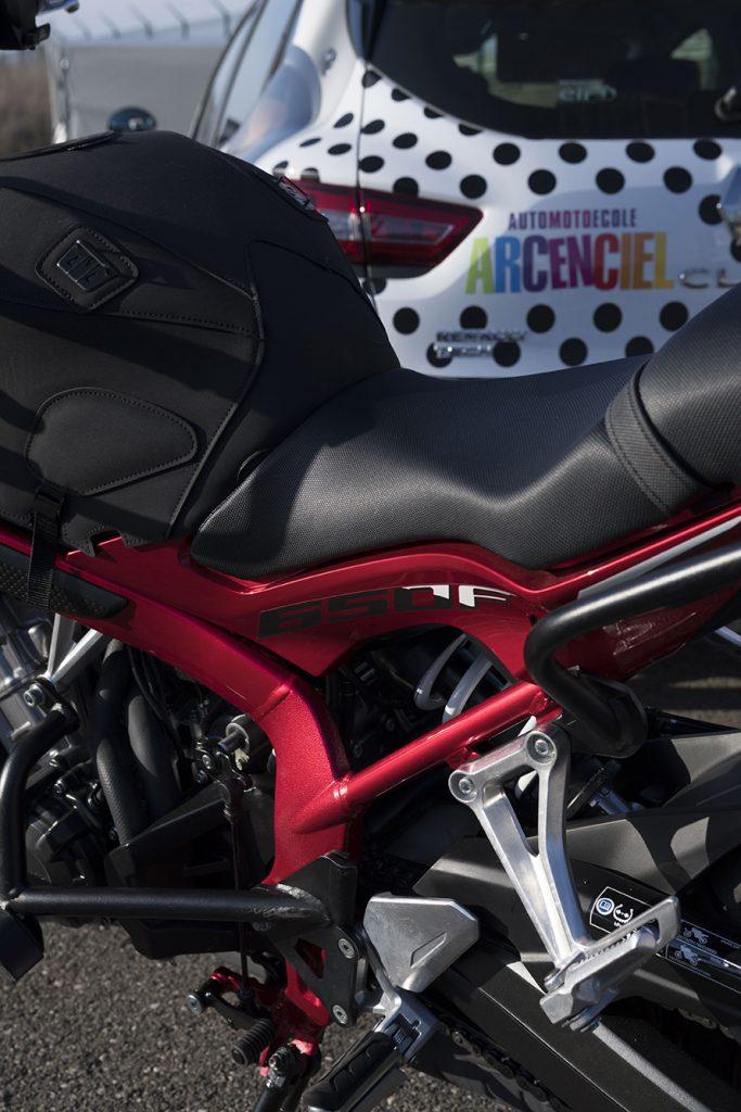Moto ecole Honda piste permis